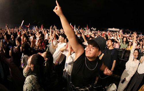 موسیقی ووهان - جشنواره موسیقی ووهان با حضور هزاران نفر برگزار شد